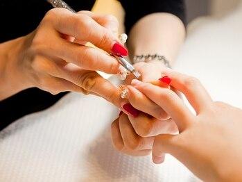 ミュウ ネイル(Myu nail)の写真/仕上がりが綺麗なだけじゃない!!丁寧ケアでなネイル長持ち◎爪に関するお悩みはご相談ください♪