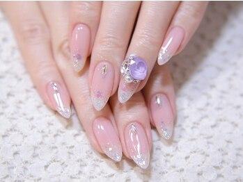 アフィック ネイル(afic nail)の写真/【ケア&他店オフ込1カラー/グラデーション¥3300】シンプルなのに存在感のある指先☆モチの良さも◎