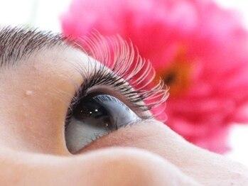 ディアウーマンアイラッシュ(Dear Woman Eyelash)の写真/ふんわり濃密EYEが叶う♪【エアリーラッシュ140本¥6050】周囲の目を惹く印象的な目元に◎
