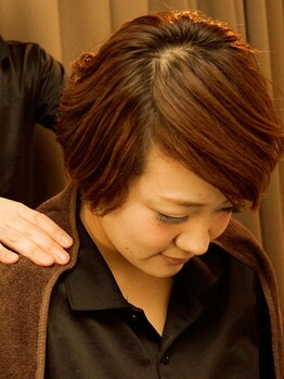 ほぐし手 横浜西口店の写真/【全身もみほぐし60分¥2900!】日々の疲れに!横浜駅スグ☆23時まで営業で「いま受けたい」に応えます!