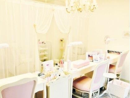 ネイルサロン ティアラ リュクス 平井店(Tiara Luxe)の写真