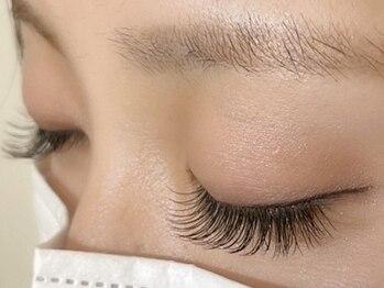 サロンアンドスクール アイデザイン(Eye Design)の写真/【LEDエクステ+¥1700】まつエクがお肌に合わず、諦めてしまった方にも!