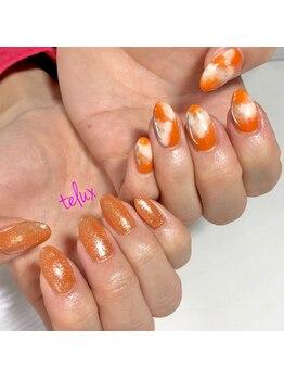 テラックス/オレンジネイル