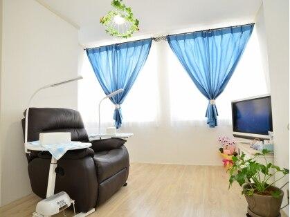 tredina. Black Bedroom Furniture Sets. Home Design Ideas