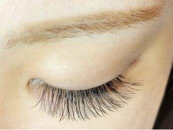 リアイズ(Re Eyes)の写真/新導入★【3Dラッシュ】0.06mmの細いエクステを3本の束にし自まつ毛に!!最新技術で美しく上品な目元に