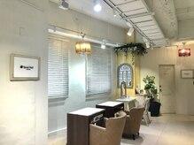 スパイラルネイル 静岡COCO店(SPIRAL NAIL)の雰囲気(ガーデン調の明るく落ち着いた雰囲気のサロンで優雅なひと時を!)