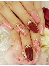トリーシア(Nail & Beauty Salon Tri-xia)/レッドフラワー