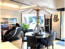 モアナビューティー オルオル(Moana Beauty 'Olu'Olu)の雰囲気(カフェスペースも併設★ゆっくりお過ごしいただけます)