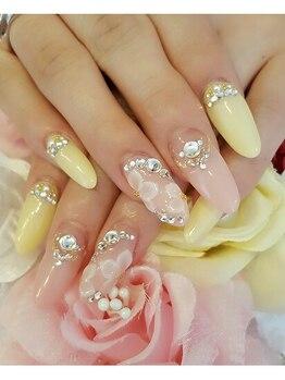 トリーシア(Nail & Beauty Salon Tri-xia)/スカルプフラワーネイル