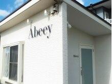 アビー(Abeey)