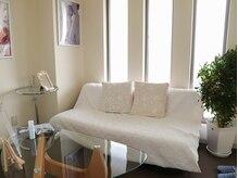 エステティックサロン ティーアンドワイ Esthetic Salon T&Yの雰囲気(白を基調とした清潔感のあるサロンです♪)