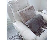 人気のフカフカのソファーでのんびり♪