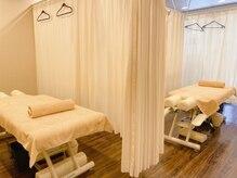 ガチガチ専門 荻窪店の雰囲気(うつ伏せが楽なベッドを採用しています。)