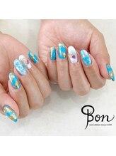 ネイルアトリエ ボン(nail atelier bon)/ブルーで華やか夏ネイル