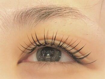 アイラッシュ サロン シャルメ(Eyelash Salon charmer)の写真/どんな悩みも丁寧な技術とカウンセリングで魅力に変わる♪鏡で見る自分が、いつもと違った輝く瞳へ☆