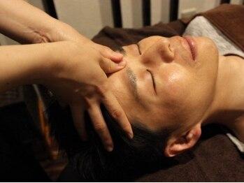 ブランリラクシング(頭。BLANC Relaxing)の写真/スマホやPCを良く使う方に◎施術後は視界もクリアに!心までリフレッシュ♪お仕事帰りに気軽に立ち寄れる!
