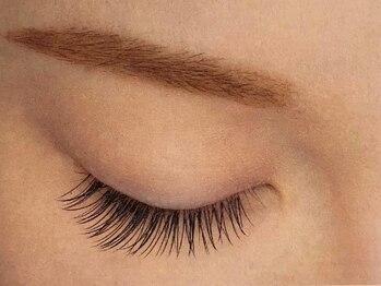 リード アイズ デザイン(LEAD eyes design)の写真/初回オフ込[国産高級セ-ブル付け放題]軽量×持続力◎自まつ毛に近い素材感&自然な仕上がりで上品な目元に♪