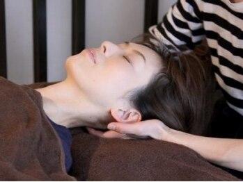 ブランリラクシング(頭。BLANC Relaxing)の写真/【コリにお悩みの方必見】腕or足付きで頭部からコリを改善☆肩・首の集中ケアもお任せ!