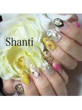 シャンティ ネイルサロン(Shanti nail salon)/春夏ネイル!お花、シェルネイル
