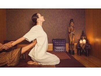 アジアンボディケア ほぐし処(Asian bodycare)の写真/《タイ古式60分¥4950→¥4450》凝りをもみほぐしタイ古式の整体ストレッチで全身のバランスを整えます♪