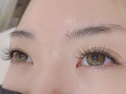 eyelash salon La Cerise..