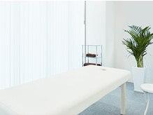 美デザイン 柏店(美.design)の雰囲気(全室、広々と清潔な施術室。アナタだけのプライベート空間です♪)