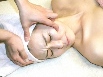 プリュボーテ(Pul Beaute)の写真/痛いけど効果的なコルギ。男女施術可能です。