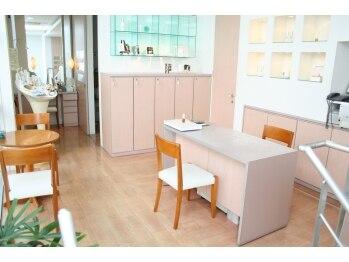 カミオシオン(KAMIO CION)/清潔感ある空間。