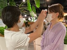 マスク着用、検温、手指消毒、清拭消毒、換気に努めております。