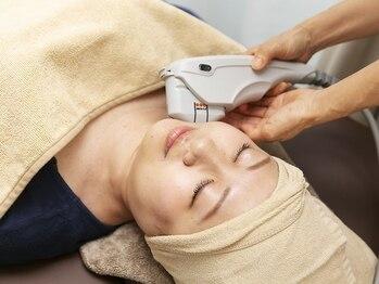 K.ステージの写真/【エイジングケアに】最新機器《HIFU》で肌の深部にまで働きかけるので顔が引き上がり、効果も長くキープ♪