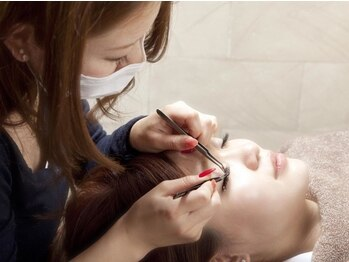リシェル アイラッシュ 盛岡店(Richelle eyelash)の写真/美しさが長続き♪こだわりの国産グルー×最高級コーティング剤使用!高品質&モチもいい美まつ毛が完成☆