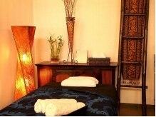 銀座 エムザ(MZA)の雰囲気(ハワイアンの小物に囲まれて、リラックスできる個室。)
