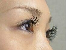 ロータスアイラッシュ(LOTUS eyelash)/横から