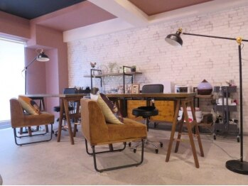 ネイルサロン アトリエ ティピ(atelier tipi)