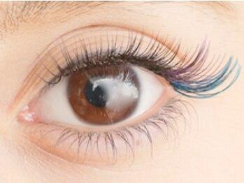ルフレ アイラッシュ(Reflet eyelash)の写真/ワンランク上の目元へ♪ポイントカラーでアクセントをプラスしたりブラウンオールカラーで優しい印象に☆