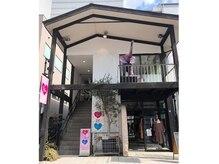 ネイルスタジオ マルア 高崎店(Nail Studio Malua...)の雰囲気(OPAすぐ!店舗は2階です。ピンク のハートの看板が目印です!)