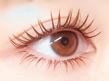 エムズネイル 東松山店(M's Nail)の写真/どこから見てもボリュームたっぷりの美しい瞳に♪目の形に合わせた、魅力を最大限に引き出す仕上がりへ☆