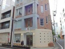 長野駅より徒歩2分エステサロンライトウエーブの5階になります。
