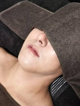 ルクシール(Luxcil)の写真/男性だって脱毛したい!当店メンズ1番人気はヒゲ脱毛☆男性もつるすべ肌で清潔感&好感度UP◎
