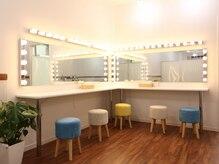 ミントラッシュ 神戸元町(Minte Lash)の雰囲気(大きな鏡でメイク直しも◎お出かけ前の施術にも適した立地♪)