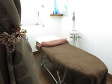美容サロン セピアの雰囲気(ご要望の多かった個室を採用しました。明るく清潔なお部屋です。)
