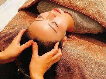 アイオライト スパ(iolite spa)の写真/ドライヘッドスパ専門店で磨いた癒しのヘッド技術はやみつきに♪お得なクーポンでぜひお試しください◎