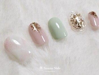 サニーサイド(Sunny Side)/ミントグリーン&天然石ネイル