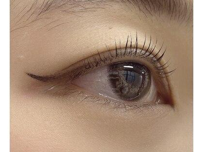ラブリーアイズ(lovely eyes)の写真
