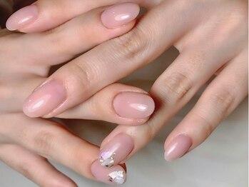 ミマリ(Mimari)の写真/爪の形・爪が薄い・剥がれやすいなどお悩みの方に!お客様一人一人に合わせた高技術な施術でモチの良さ◎