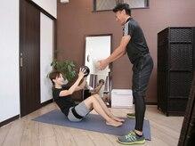 リーディング(LEADING)の雰囲気(加圧トレーニングで、健康的な身体づくりを目指します!)