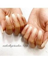 ネイルカレッジアンドサロン ナチュレ(nailcollege&salon NATURE)/白グラデジェル
