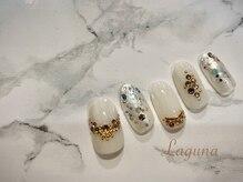 ラグウナ(Laguna)/ホワイトのストーンネイル