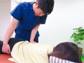 整体院 人の手 神田の写真/この腰の痛みはずっと続くのか…とお悩みの方は、ぜひご来院下さい!プロにお任せ【腰痛改善整体60分¥4000】
