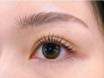 ビアンカ アイズアンドネイルズ 新宿西口店(Bianca eyes&nails)の写真/似合わせ美眉毛スタイリング!【初回カウンセリング込¥5500/3週間以内の来店¥3850】アイブロウが苦手な方に!